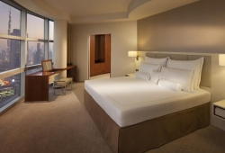 Jumeirah_Emirates_Towers_22