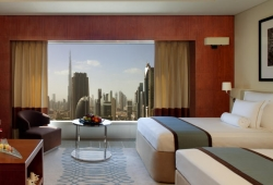 Jumeirah_Emirates_Towers_28
