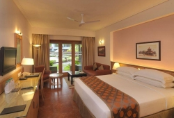 double_tree_by_hilton_goa_4