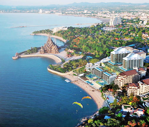 Отель в Таиланде Centara Grand Modus Resort Pattaya